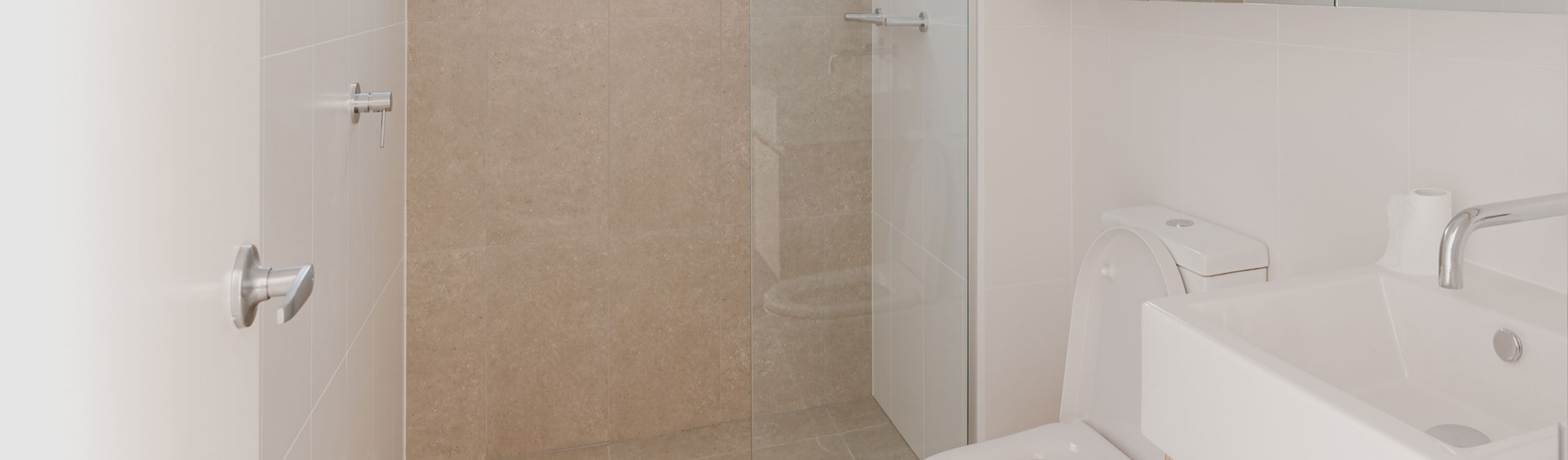 Frameless Shower Screen by Instyle Wardrobes