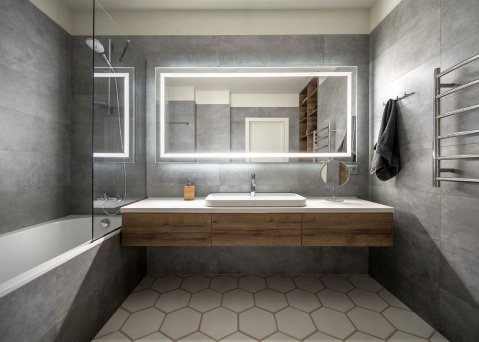 Single-Mirror Vanity by Instyle Wardrobes